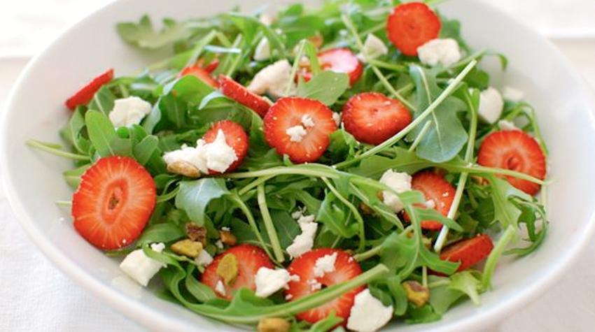 rucola-aardbei-salade